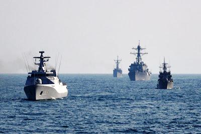 http://4.bp.blogspot.com/-UuA9aBH_IFE/Tx97MzT7fOI/AAAAAAAAASM/L7Dx-f6BGdw/s1600/Armada-Kapal-Perang-TNI-AL.jpg