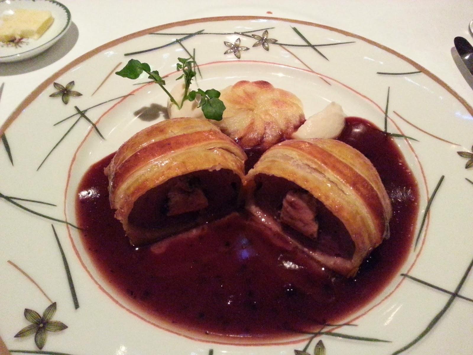 Chef Inoue's most famous creation Noisette d'agneau en eroute Maria Callas (Lamb Pie Maria Callas Style)