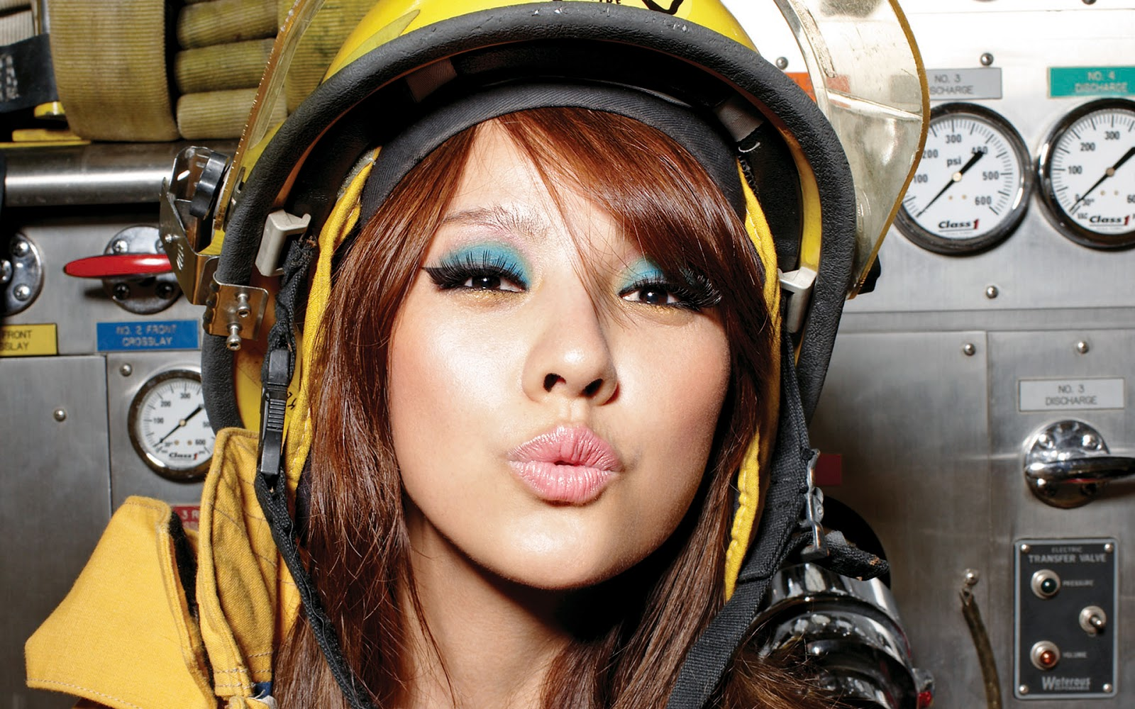 Lee Hyori - Mr. (Big Image Picture)