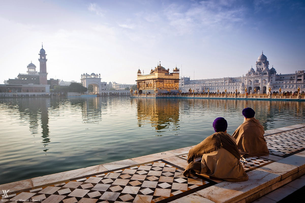 5s3j9752_golden-temple-amritsar-1.jpg