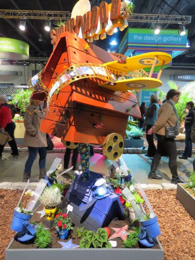 Philadelphia Flower Show 2015: Dog Houses- Snoopy