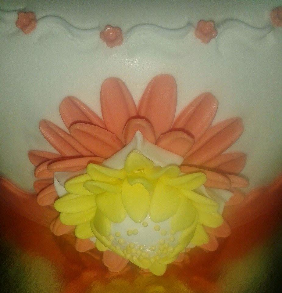 Tarta pájaros,mariposas y flores