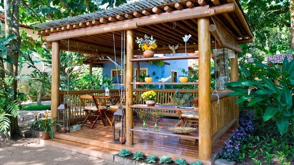 Perfect Gazebo Patio With Bamboo