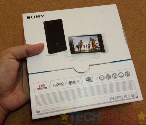 sony xperia go, sony xperia go unboxing