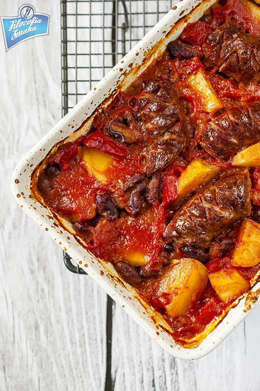 Kiełbasa z pomidorami i ziemniakami przepis
