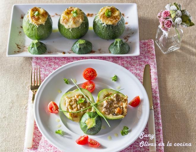 Calabacines rellenos de carne y verdura