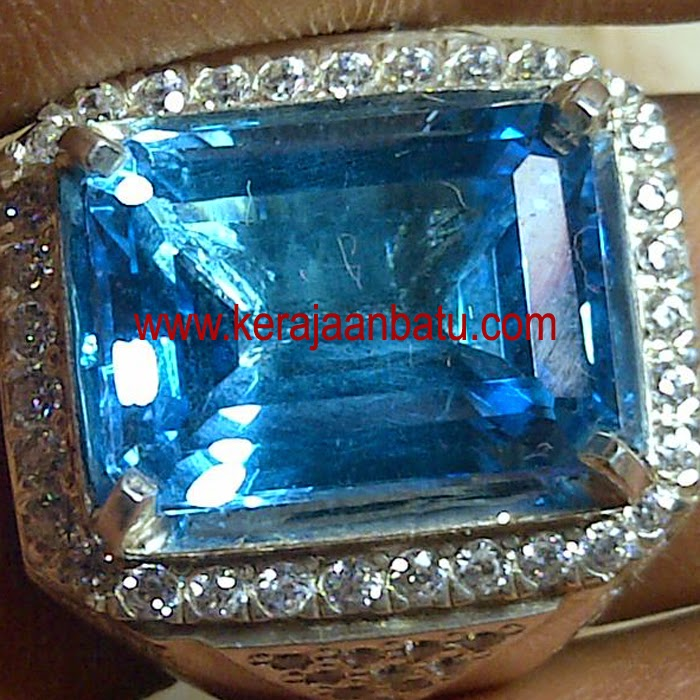 NATURAL BLUE TOPAZ JUMBO KODE P 923