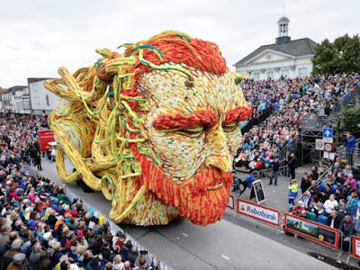 http://www.elpoderdelasideas.org/esculturas-gigantes-hacen-honor-a-van-gogh-en-festival-de-flores-de-holanda/