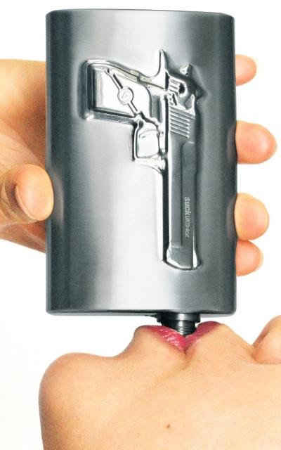 Take a shot - Lommelærke med pistol motiv