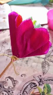 fleur en crépon DIY