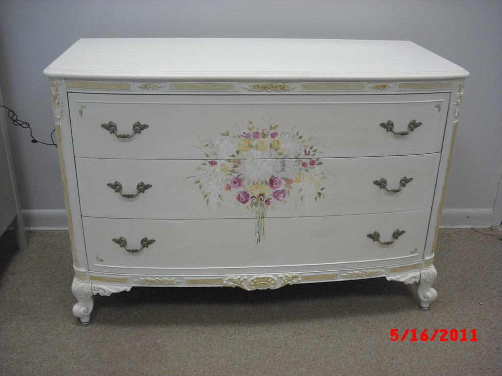 Hand Painted French Provincial Dresser. Handpainted Furniture Blog  Shabby Chic Vintage Painted Furniture