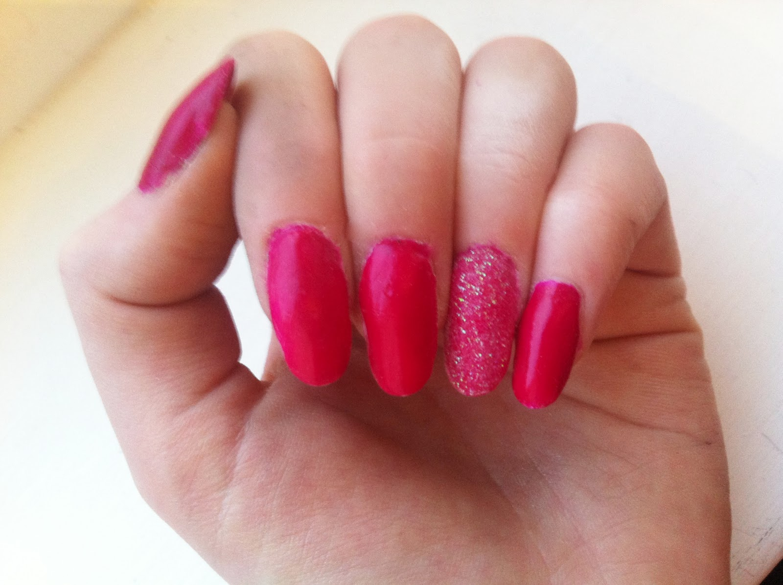 CharliefulBeauty: Nails of the Week Featuring L.A Colours Varnish