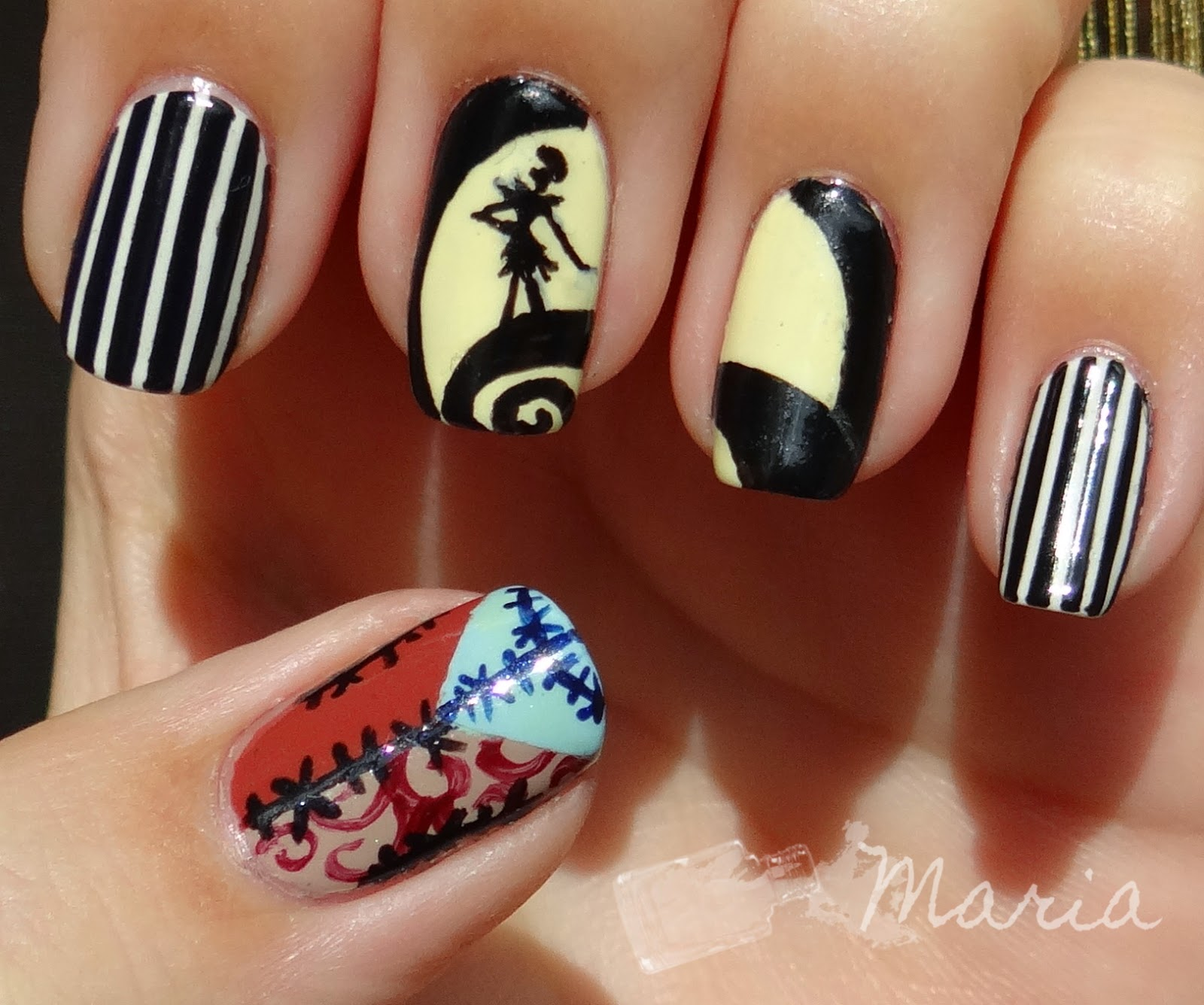 http://rainpow-nails.blogspot.de/2014/10/halloween-nightmare-before-christmans.html