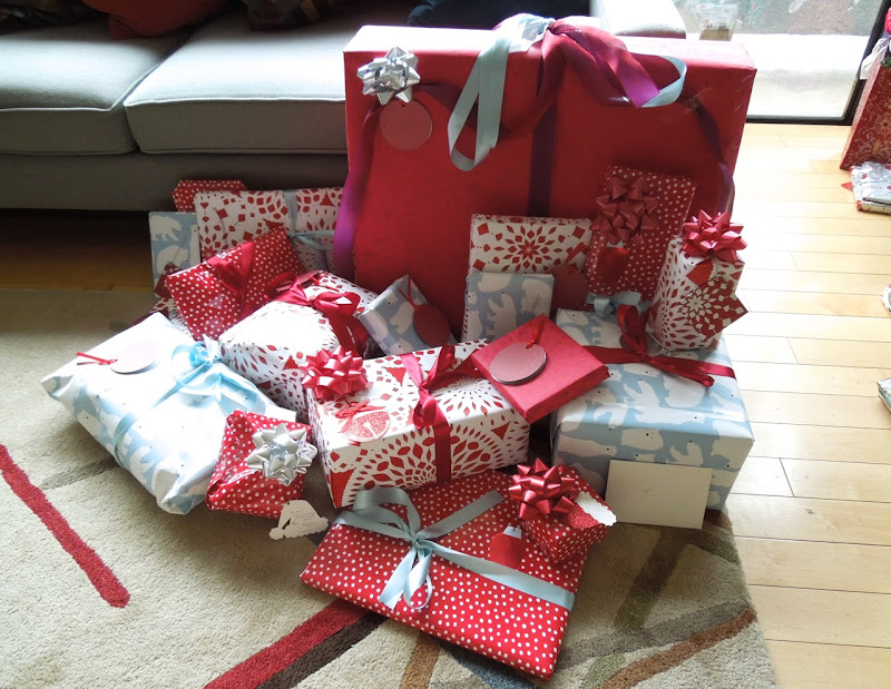 Giftwrapped Christmas presents 2012