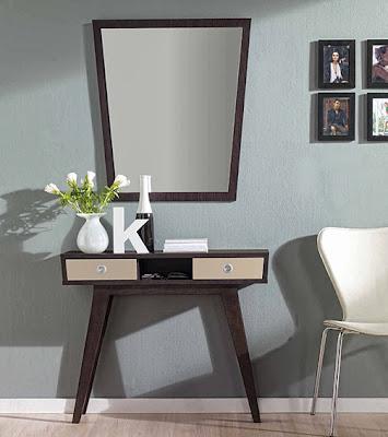 http://www.portobellostreet.es/mueble/25609/Consola-Retro-Peny