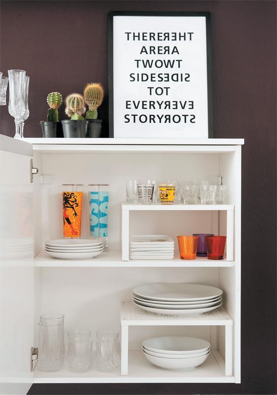 decoracao de apartamentos pequenos alugados : decoracao de apartamentos pequenos alugados:Adesivos na parede da cozinha, eles tem um poder incrível de