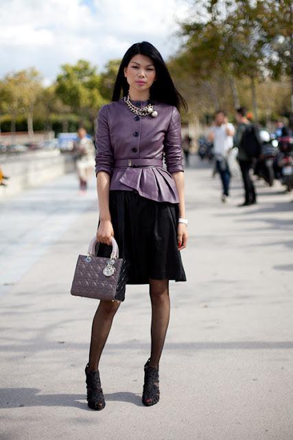 On Fashion Street Mean While In Paris Street Style Paris Fw