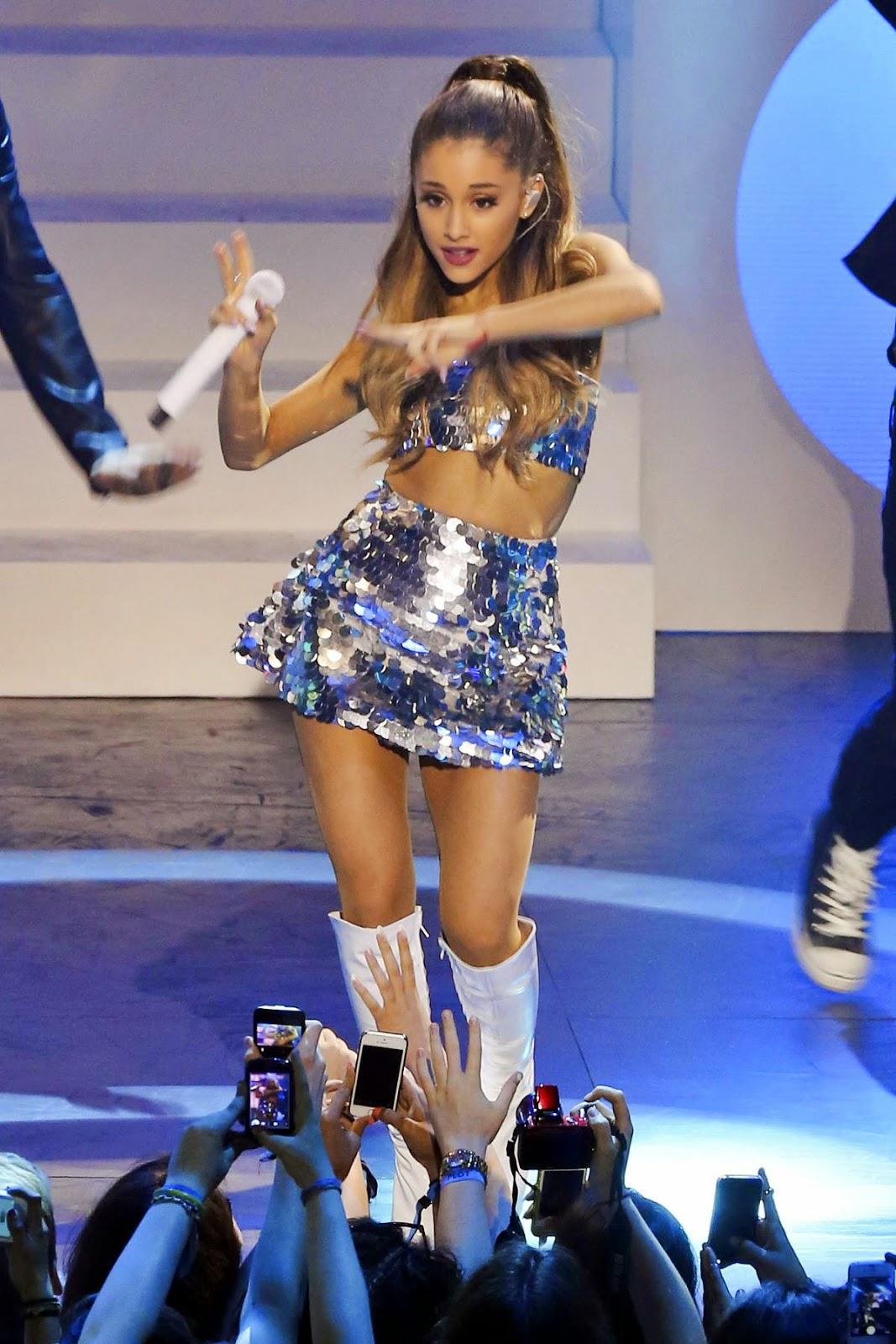 Pin on Ariana Grande ️