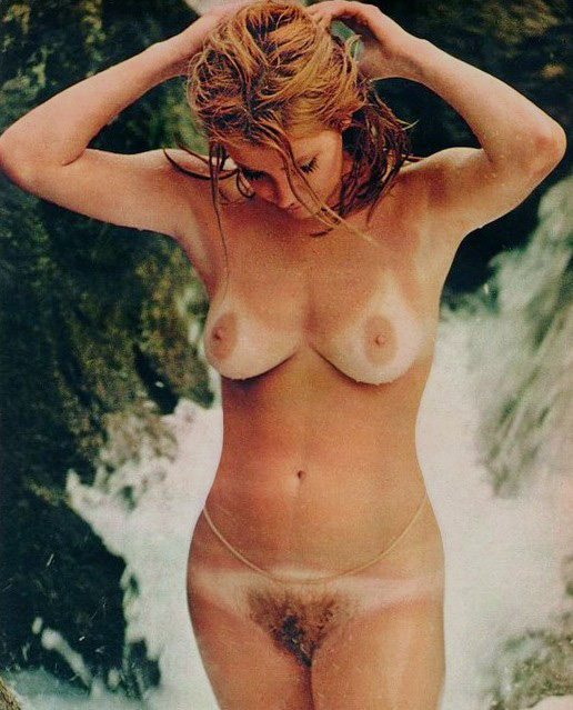 Suzanne somers topless boobs pool scene from magnum 4
