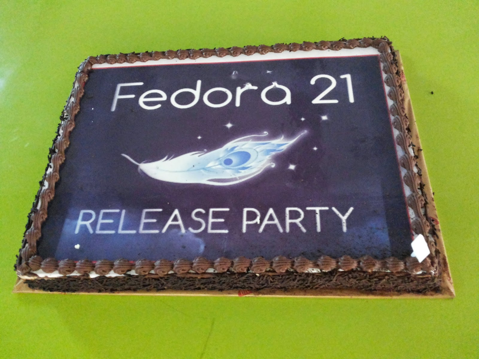 Fedora 21 release party cake