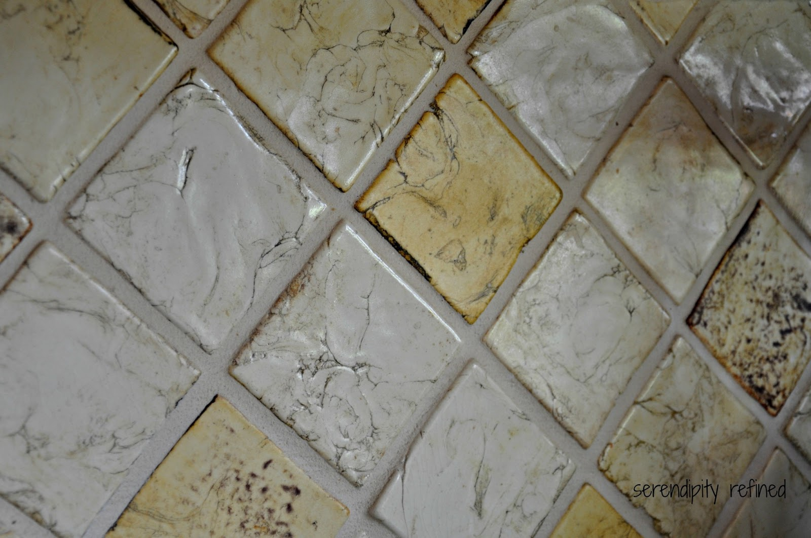 Ceramic tile above kitchen counter backsplash decorticosis for Back painted glass tile