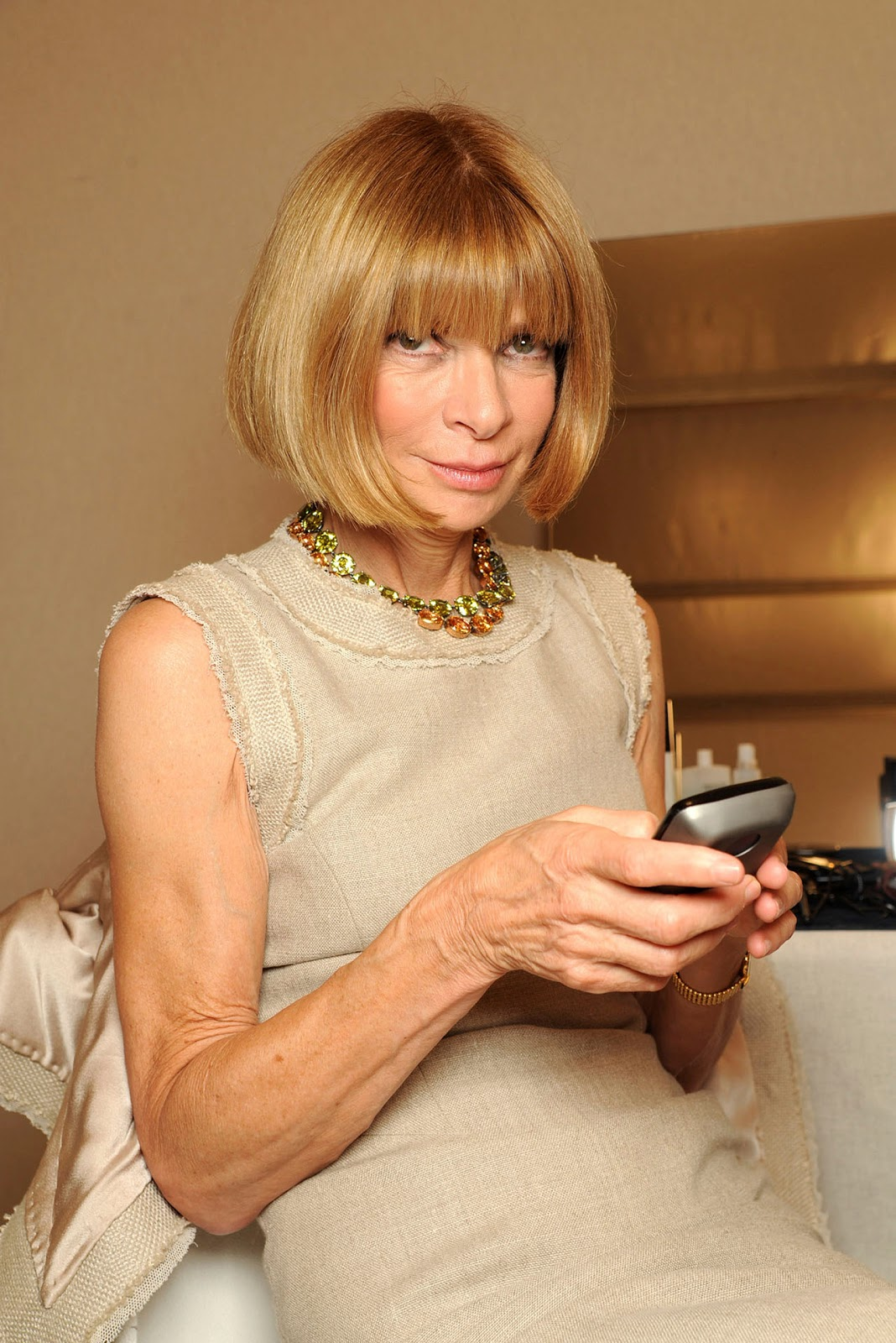 Anna Wintour With All Due Respect A Girl In Hong Kong