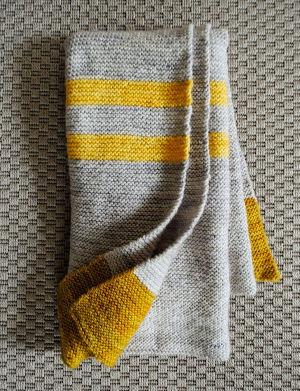 http://www.purlbee.com/2012/04/24/whits-knits-four-corners-baby-blanket/
