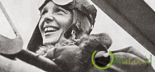 Hilangnya Amelia Earhart saat mengelilingi bumi