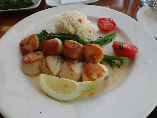 seared scallops from The Sandbar Seafood Restaurant in Vancouver