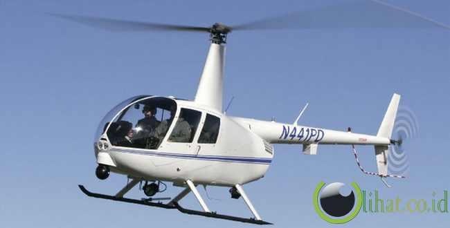 Helicopter ( Menggunakan baling-baling)