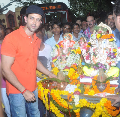 Hrithik Roshan at Ganpati Visarjan Photo Gallery