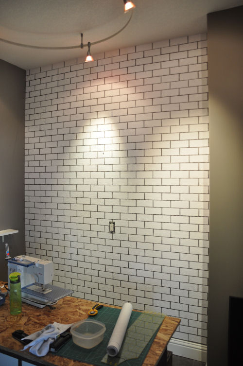 Timber and lace faux brick wall tutorial - Ziegelwand imitat ...