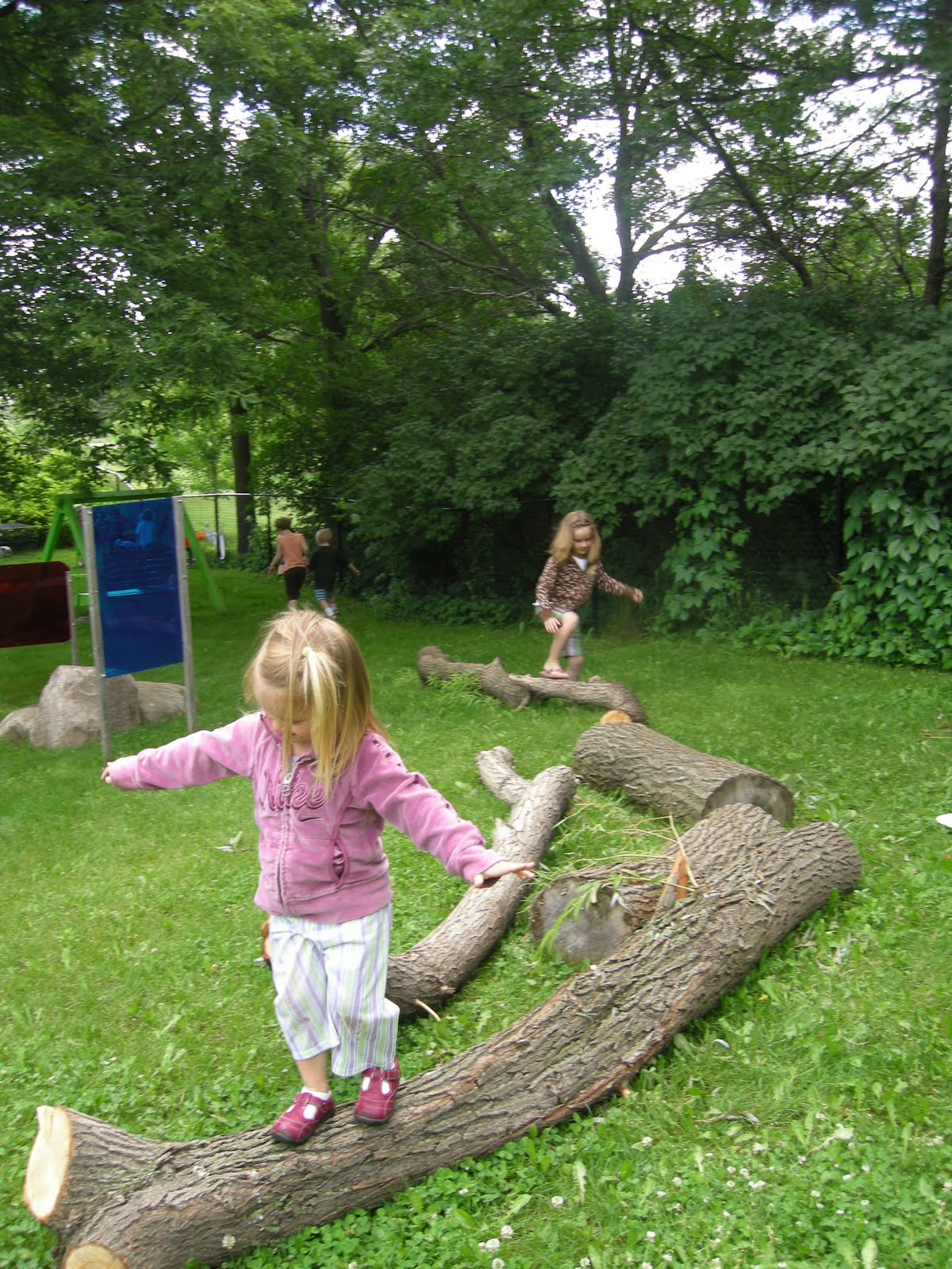 Let the children play ideas for adding natural elements to your outdoor play space part 2 - Natural playgrounds for children ...