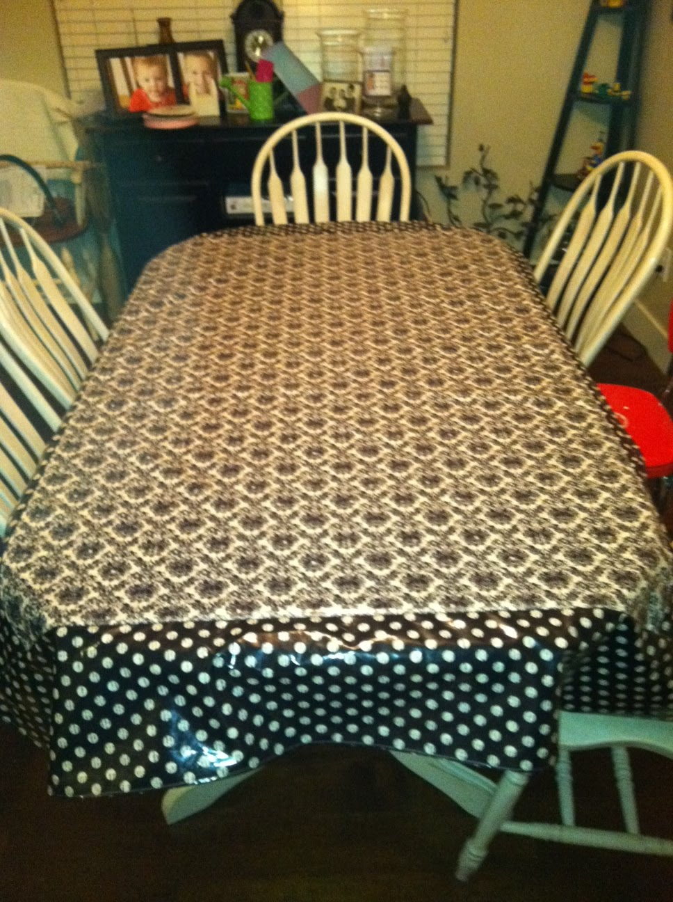 Laminated Cotton Table Cloth