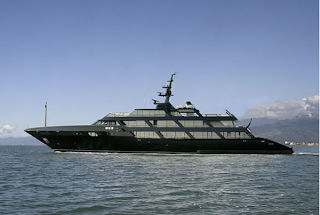 Giorgio Armani $600 million yacht