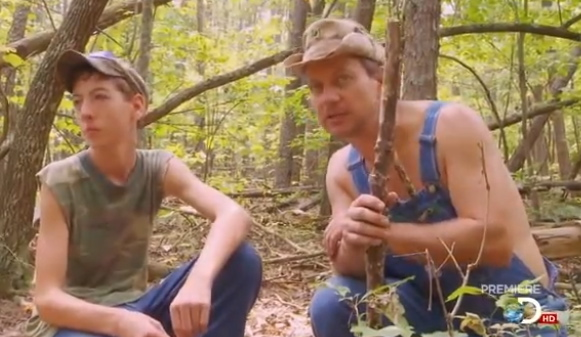 MOONSHINERS PREMIERES ON DISCOVERY CHANNEL MOND. APRIL 30 AT 9 P.M.