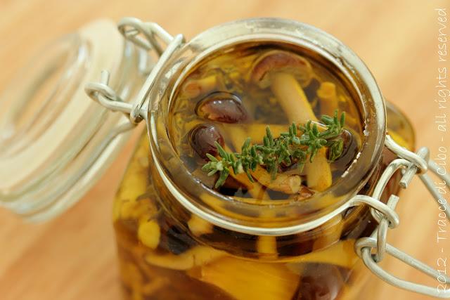 pioppini sott'olio, chiodini sott'olio, conserve con funghi