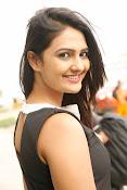 Neha Deshpande Glamorous look-thumbnail-12