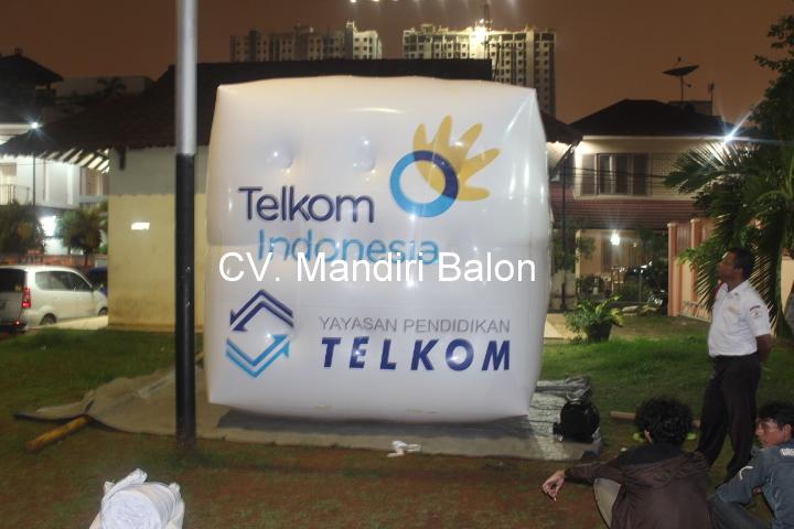 Balon Udara Promosi TELKOM