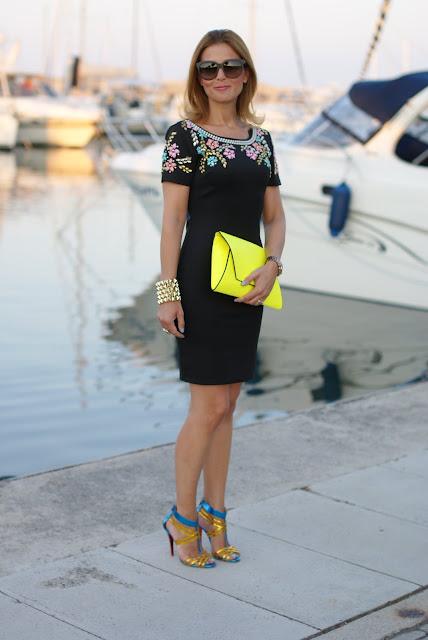 Chi Chi London dress, abito aderente con ricamo, black minidress, Fashion and Cookies
