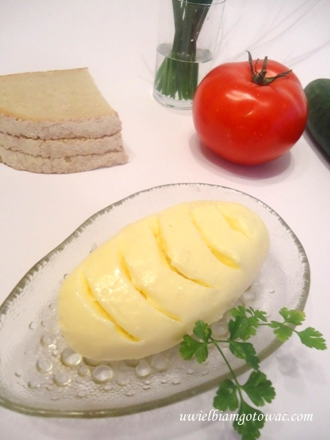 Domowe masło ze śmietany