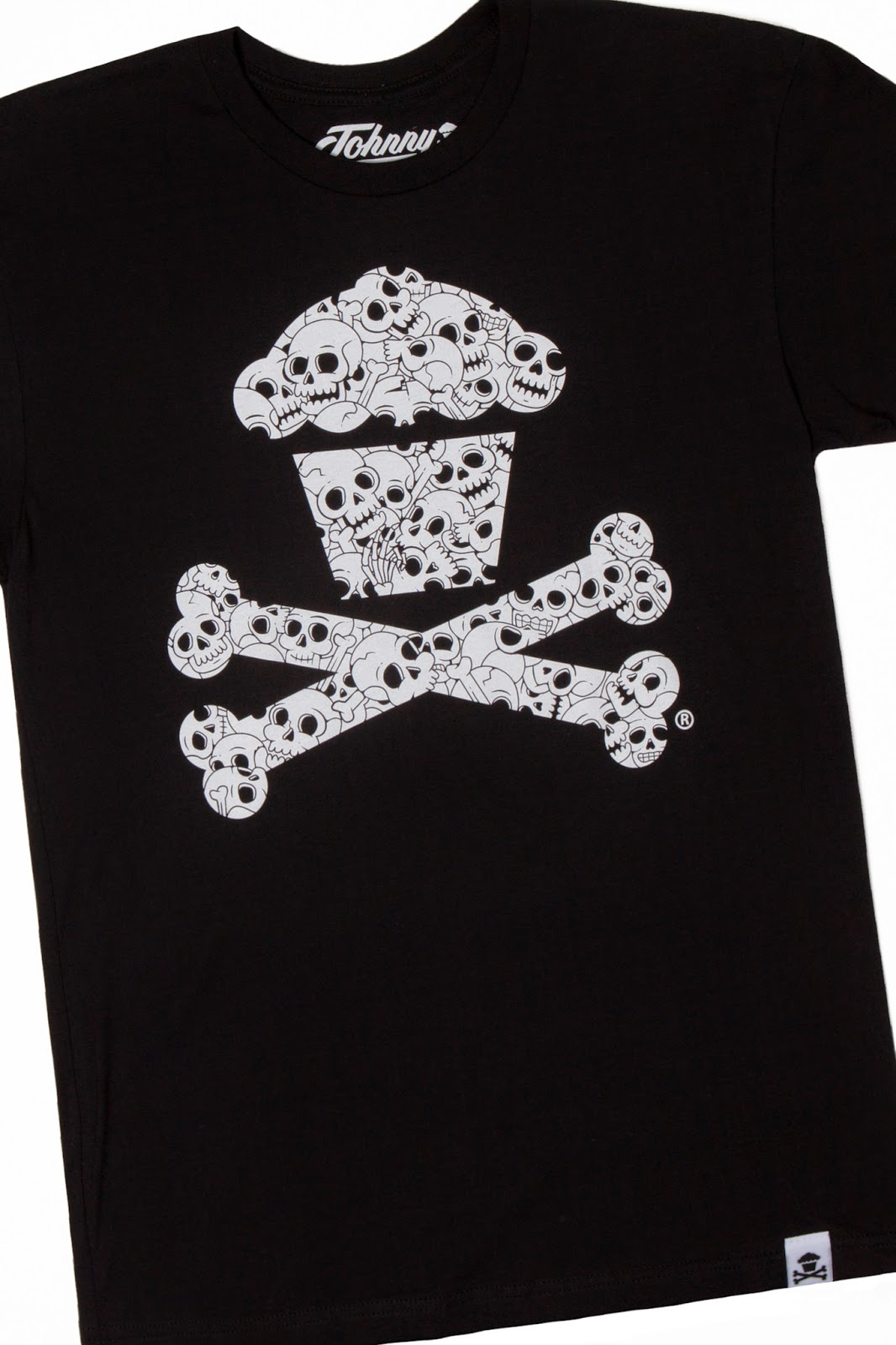 "Johnny Cupcakes ""Skull Pattern Crossbones"" Halloween T-Shirt"