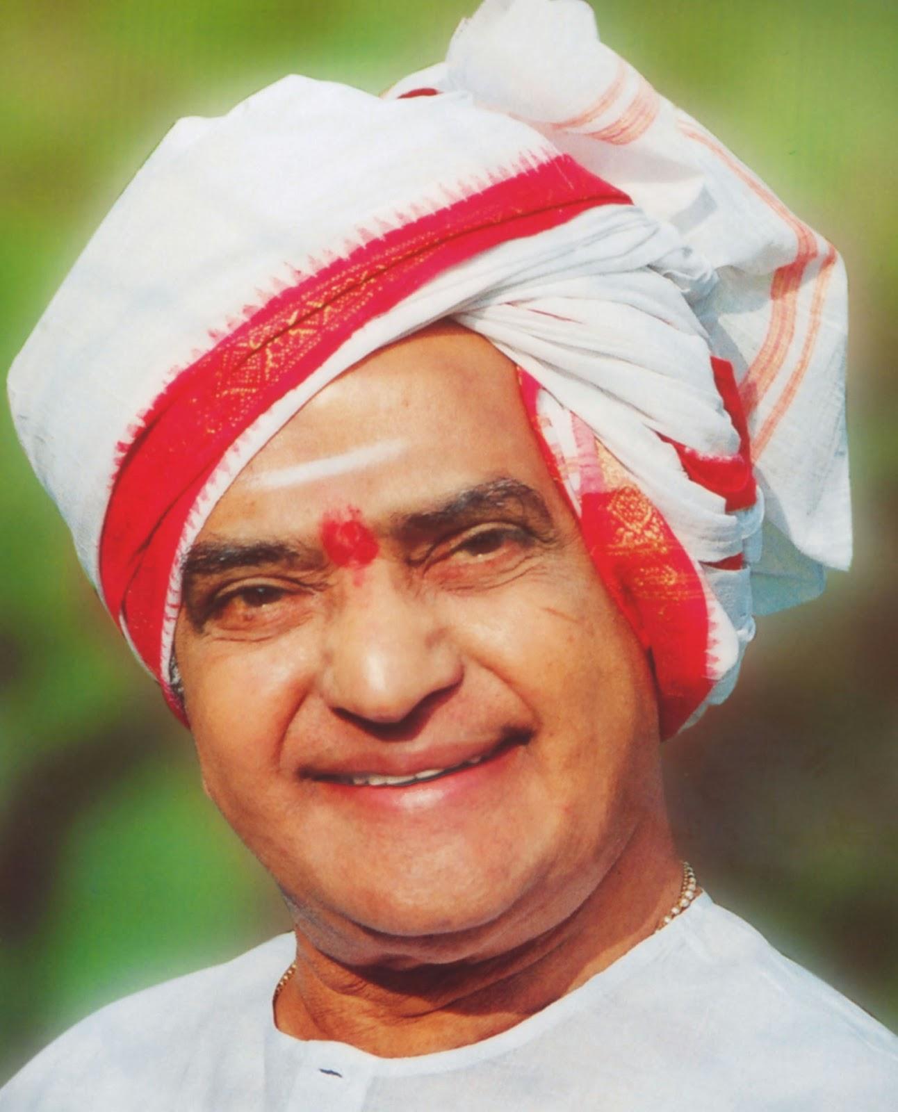mahatma gandhi biography book in telugu pdf