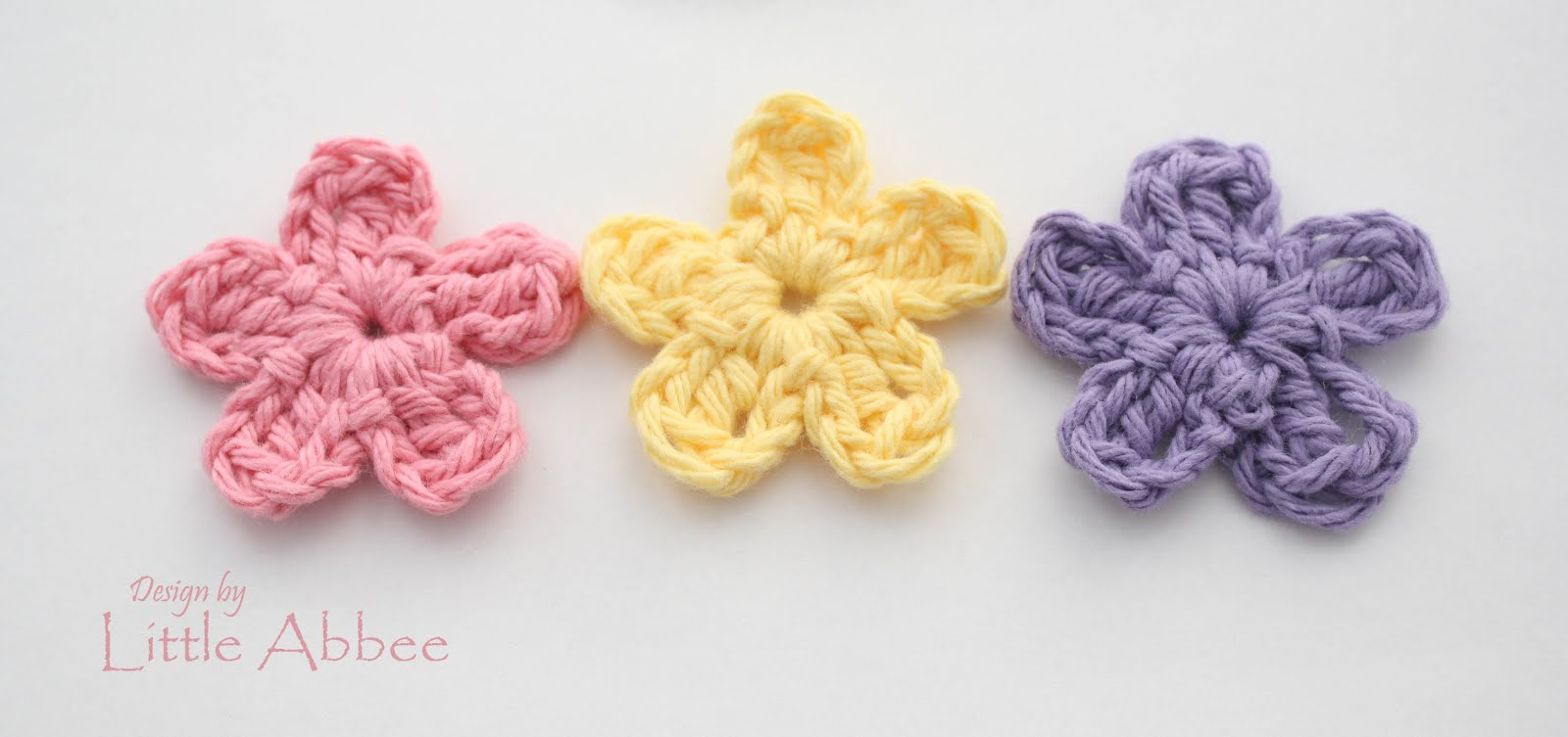 Little abbee simple flower pattern you will only need a few supplies to make these simple flowers materials needed any size crochet hook i used a size h for my flowers bankloansurffo Gallery