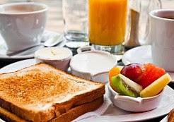 10 أسباب تجبرك على الافطار الصباحي