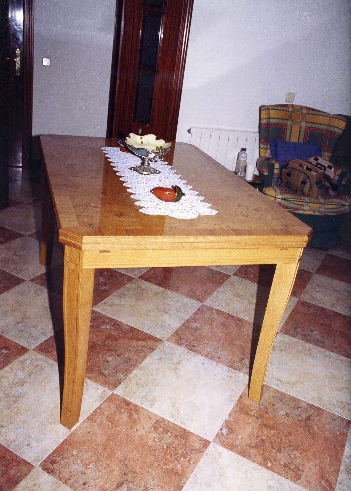 Carpinteria y ebanisteria alfageme mesas for Mesas extraibles salon