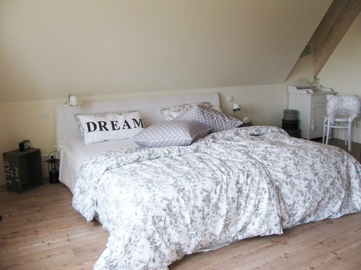 freudentanz traumfabrik. Black Bedroom Furniture Sets. Home Design Ideas