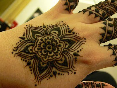 Latest And Best Mehndi Designs For 2014