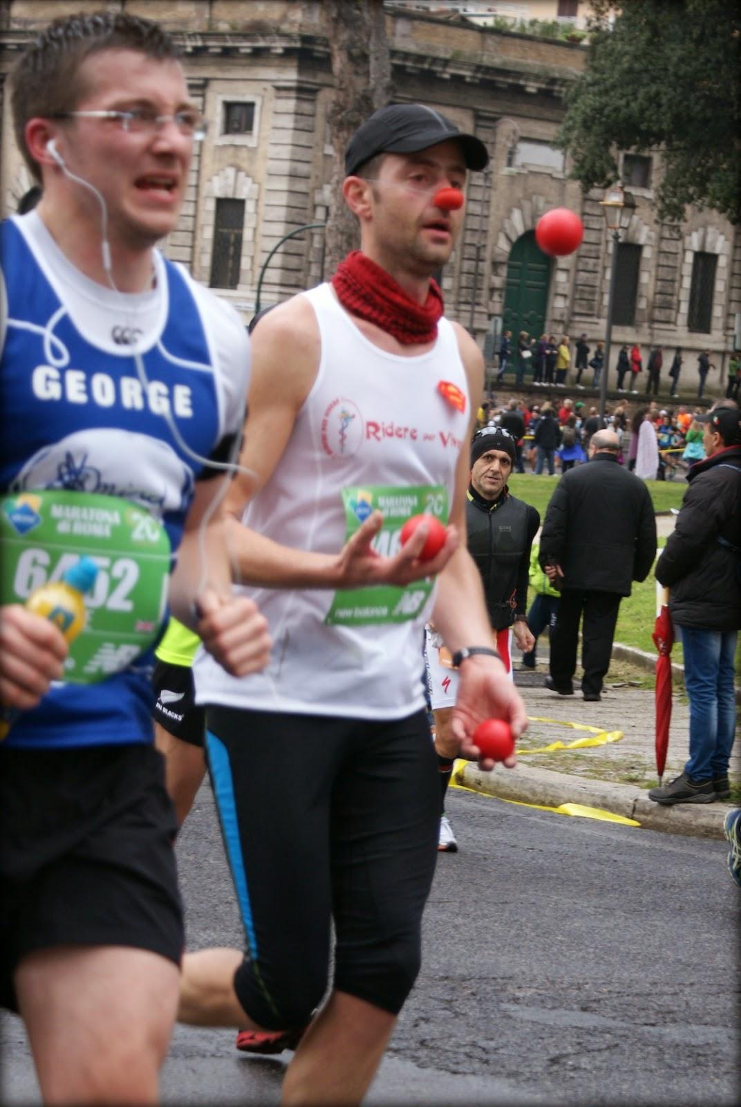 Maratón de Roma 2014 malabarista