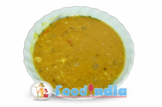 Garlic Flavored Gujarati Moong Dal Recipe :: Indian Food Recipe Tips